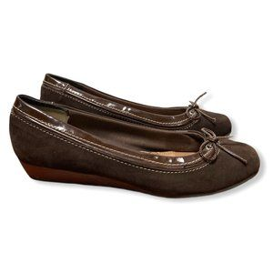 Sperry Heeled Leather Ballet Flat - US10